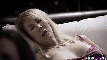 Страстная татуированная блондиночка изабель делтор бурно оттрахана в писю